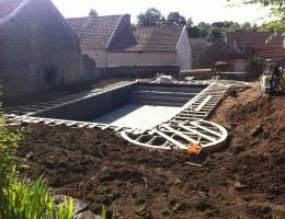 construction de piscine sur mesure aix les bains