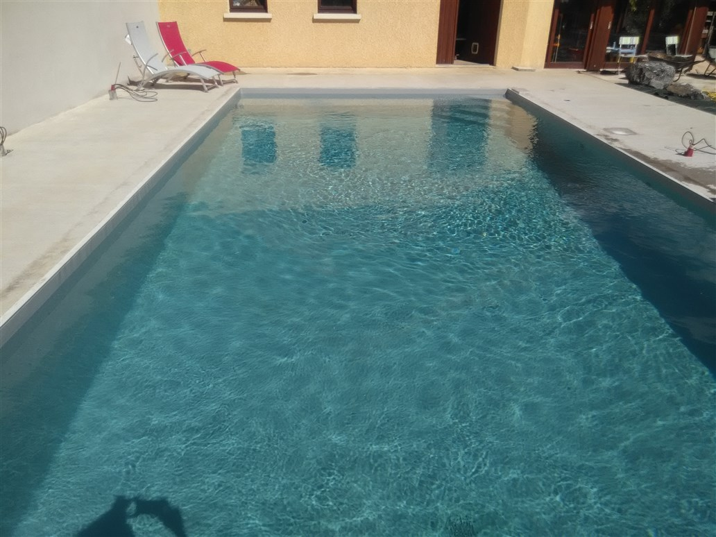 construction de piscine ext rieure annecy construction piscine exterieure sur mesure aix les bains. Black Bedroom Furniture Sets. Home Design Ideas